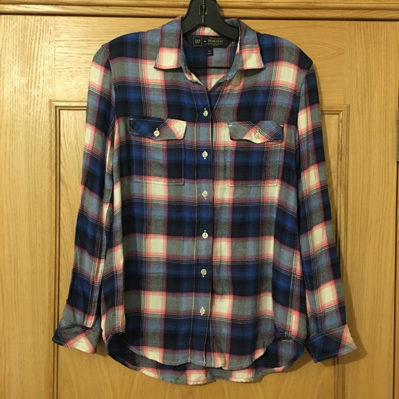 ded4434c207bb5 Gap + Pendleton Tops - Gap + Pendleton Flannel Boyfriend Shirt Plaid XS